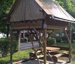 Location tente sur pilotis - Camping La Grande Tortue