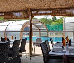 Restaurant - piscine - Camping La Grande Tortue
